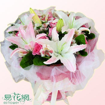 歐式圓形玫瑰百合花束